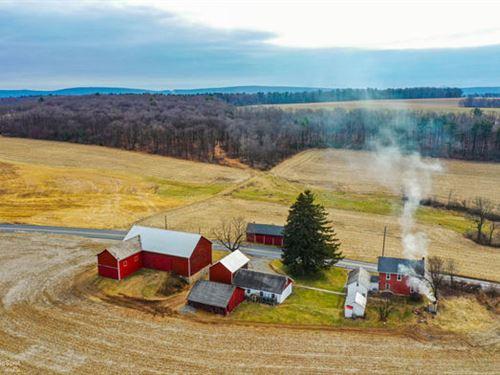 138+ Acres, Farmhouse, Barns : Andreas : Schuylkill County : Pennsylvania