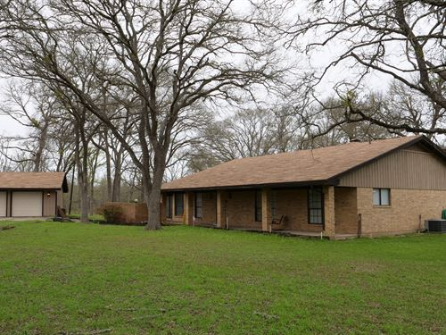 Small Ranchette in The Country : Rockdale : Milam County : Texas