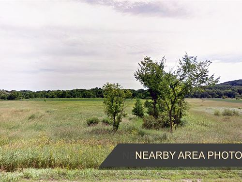 1.57 Acre Land for Sale : La Valle : Sauk County : Wisconsin