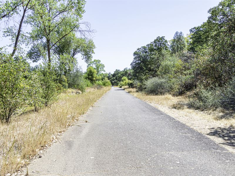 Beautiful 0.26 Acre Mobile Homesite : Redding : Shasta County : California