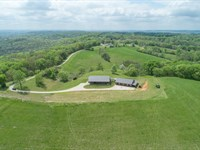 Remarkable Home on 148 Acres : Columbia : Maury County : Tennessee