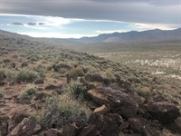Buildable Nevada Land Next to Blm : Stagecoach : Lyon County : Nevada