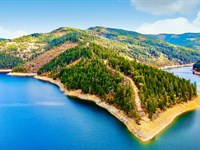 Lake Peninsula by National Forest : Trinity Center : Trinity County : California