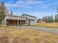 Home And Guest Cabin on Large Corn : Kasilof : Kenai Peninsula Borough : Alaska