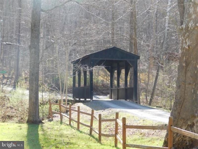 Build Your Getaway This Mountain : Capon Bridge : Hampshire County : West Virginia