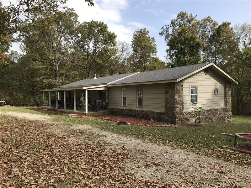 Arkansas Country Home on 5 Acres : Leslie : Searcy County : Arkansas