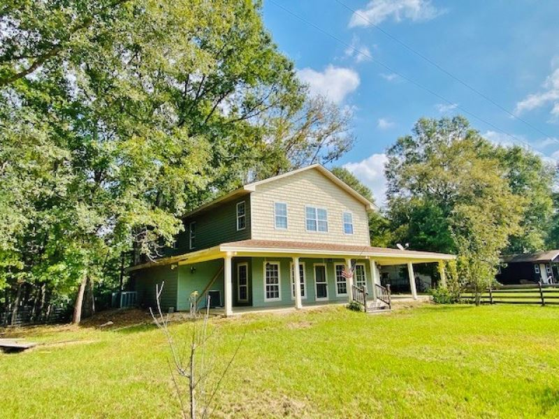 2 Secluded Homes And 26 Acres : Silver Creek : Lawrence County : Mississippi