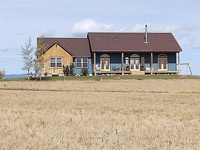 Gorgeous Custom Built Country Home : Burns : Harney County : Oregon