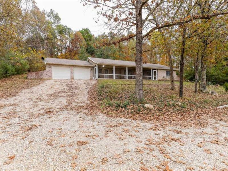Home on 41 Acres For Sale in Butle : Poplar Bluff : Butler County : Missouri