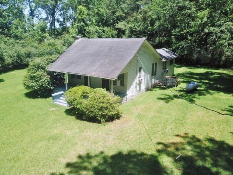 Cabin & 37 Acres Land For Sale : Smithdale : Lincoln County : Mississippi