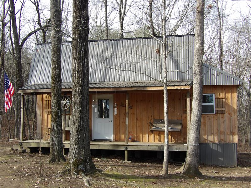 Cabin in The Mountains : Dunlap : Sequatchie County : Tennessee