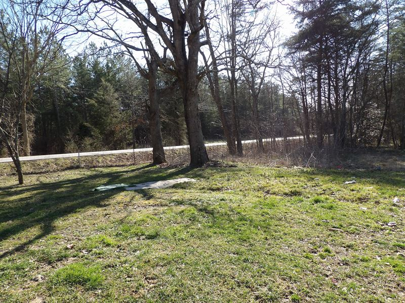 Beautiful Farm with Creek, Houses : Pikevile : Bledsoe County : Tennessee