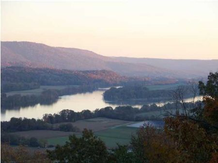 3+ Acres Overlooking Tn River : South Pittsburg : Marion County : Tennessee