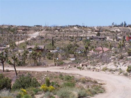 2.5 Ac Perched On A Hillside-view : Yucca Valley : San Bernardino County : California
