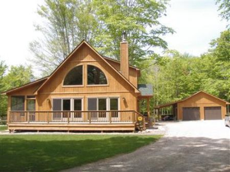 Cedar Cabin With Guest Bunkhouse : Manistee County : Michigan