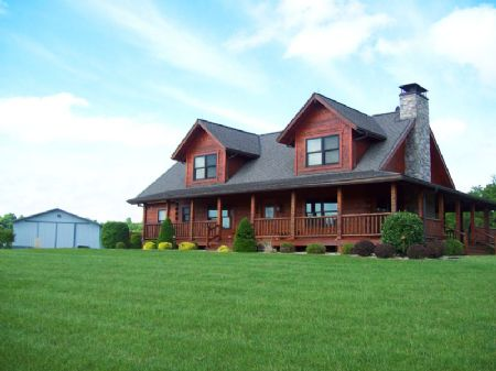 661 Acres, Tennessee Log Home : Nebo : Pike County : Illinois