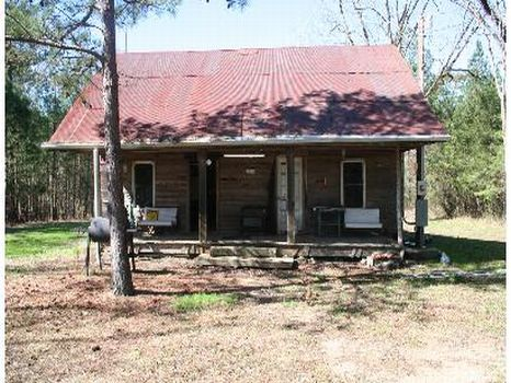 148 Acres and Camp House : McCall Creek : Franklin County : Mississippi