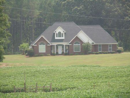 Custom Home On 17+/- Acres : Millen : Jenkins County : Georgia