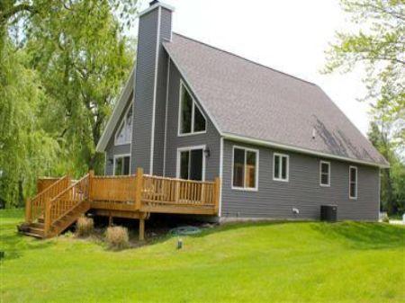 Dickerson Lake Retreat : Stanton : Montcalm County : Michigan