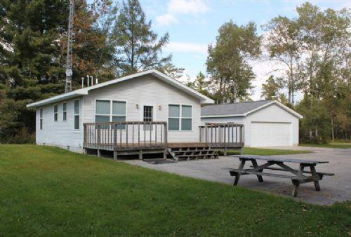 Sylvester Creek Solitude : Mecosta : Michigan