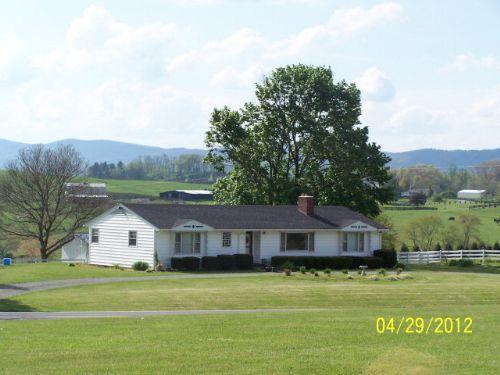 3 Bed 2 Bath Home  ~ Mountain Views : Elk Creek : Grayson County : Virginia