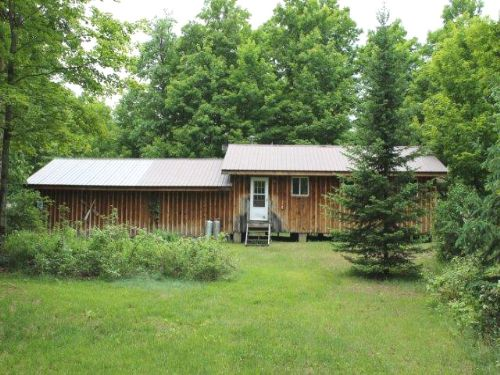 44 Acres Cabin Hunting & Fishing : Croghan : Lewis County : New York