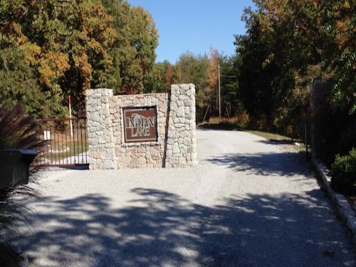8.9 Acre Water View Lot Indian Lake : Cedar Grove : Carroll County : Tennessee