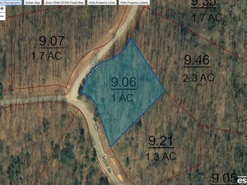 1 Acre Corner Lot at Indian Lake : Cedar Grove : Carroll County : Tennessee