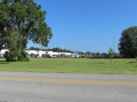 Prime Commercial Lot-774346 : Chiefland : Levy County : Florida