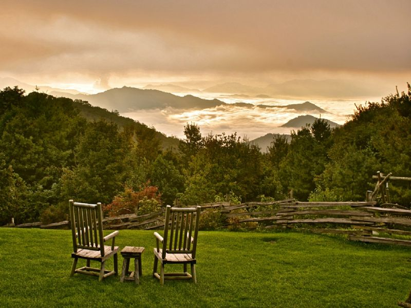 Mountain High Elevation Living : Maggie Valley : Haywood County : North Carolina