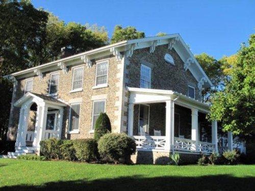 Vineyard For Sale : Finger Lakes : Seneca County : New York