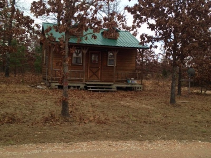 Ranches Of Montauk Missouri Cabin : Salem : Dent County : Missouri