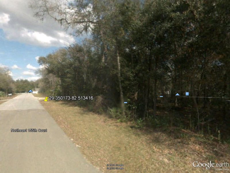 .27 Acre Parcel Near Gainsville : Williston : Levy County : Florida