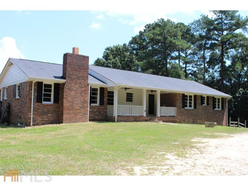 Remodeled & Ready For Horse Friends : Loganville : Walton County : Georgia