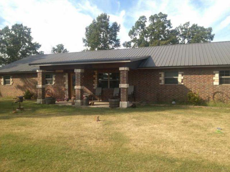 Custom Brick Home On 41 Acres : Atoka : Atoka County : Oklahoma