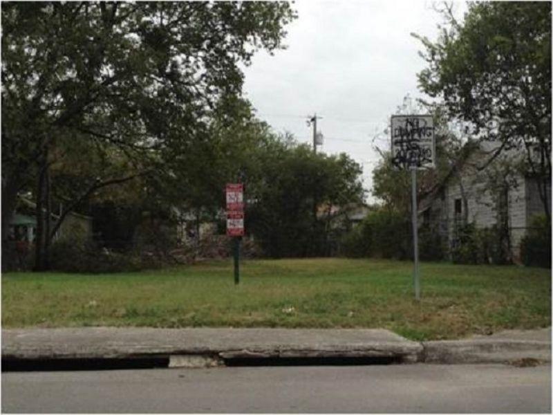 Multi-property Auction  0.14±ac Lot : San Antonio : Bexar County : Texas