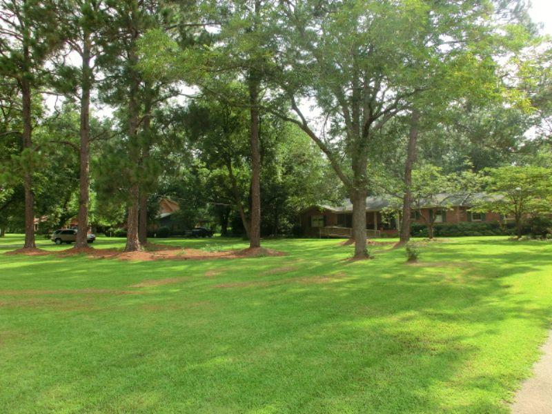 Country Estate : Cordele : Crisp County : Georgia