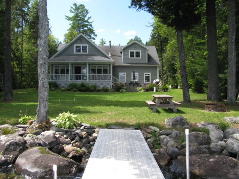 Schoodic Lake Year Round Living : Lakeview Plt : Piscataquis County : Maine