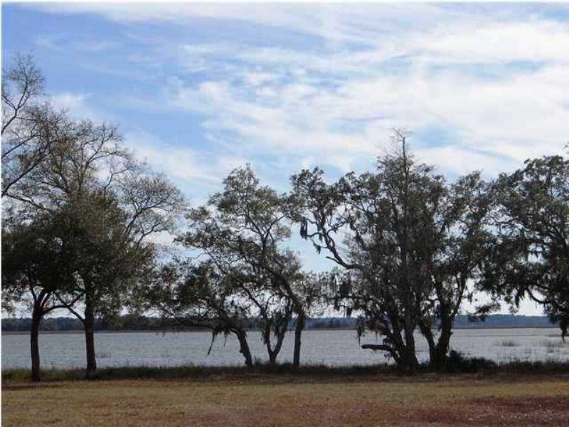 3 Riggs Lane Meggett, Sc : Meggett : Charleston County : South Carolina