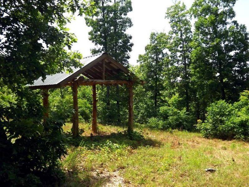 3.6 Acres With Gazebo : Vanzant : Douglas County : Missouri