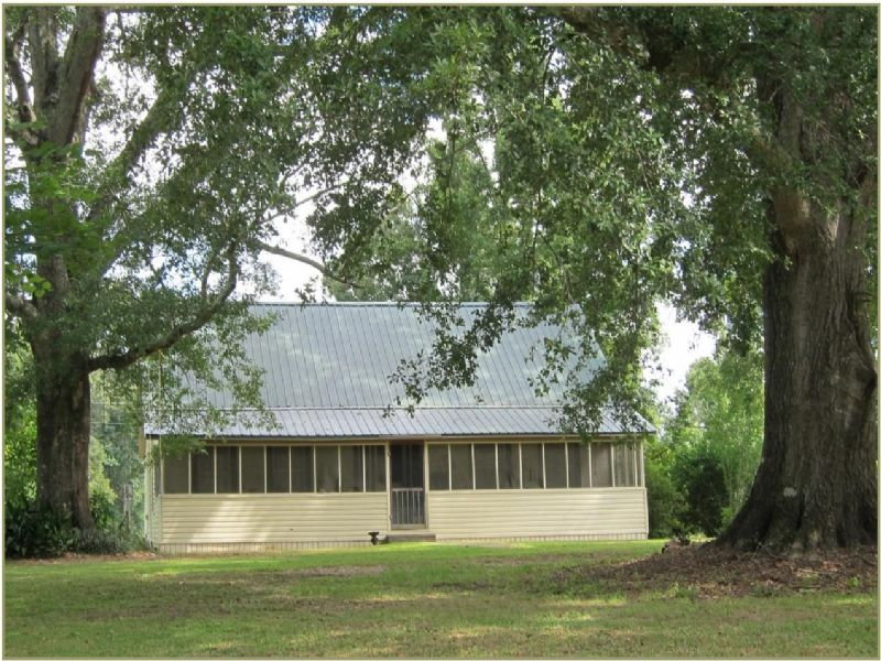 16.4 Acres With Home : Terry : Hinds County : Mississippi