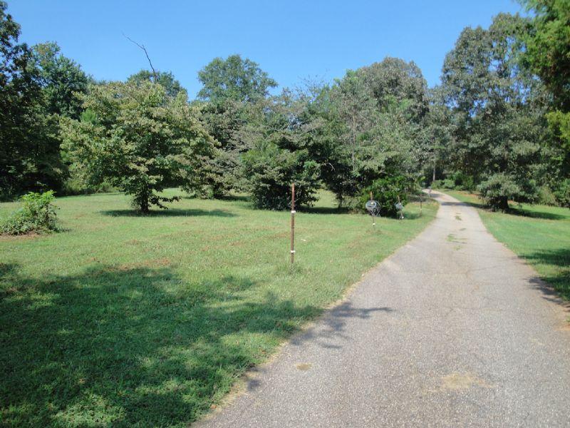 14.71 Riverfront Property : Carnesville : Franklin County : Georgia