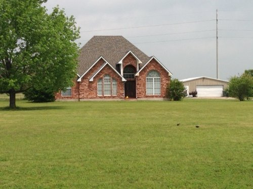 Custom Built Home In The Country : Wolfe City : Hunt County : Texas