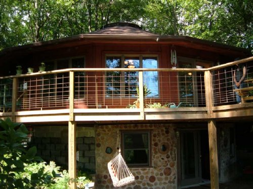 Round House On 30 Wooded Acres : Camden : Oneida County : New York