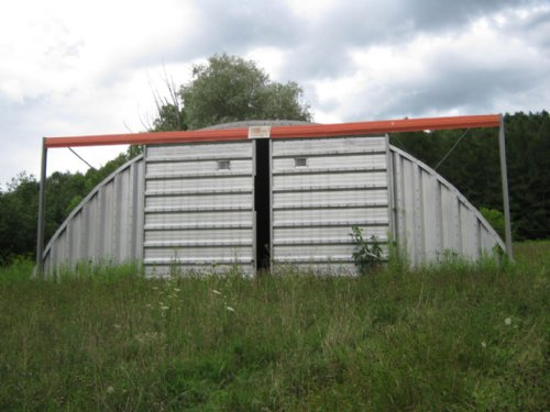 10+ Acres With Quonset Hut : Palmyra : Wayne County : New York