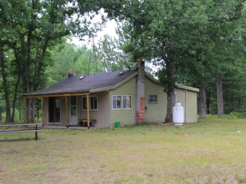 Hunting Camp : Atlanta : Montmorency County : Michigan