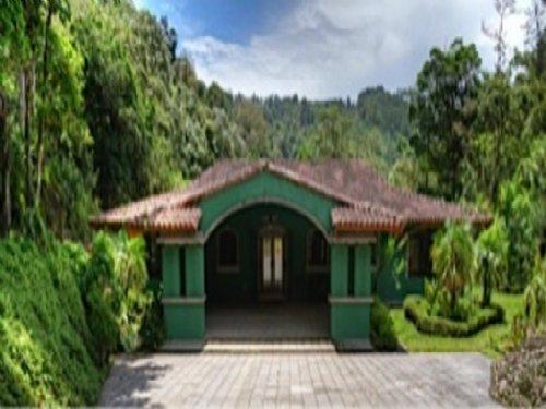 26 Ac.Estate, River, Waterfall : Orosi : Costa Rica