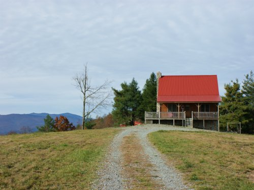 Incredible Long Range Views W/cabin : Troutdale : Grayson County : Virginia