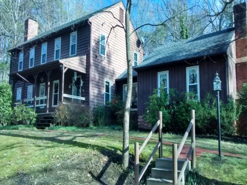 Lakewood Lane : Farmville : Prince Edward County : Virginia
