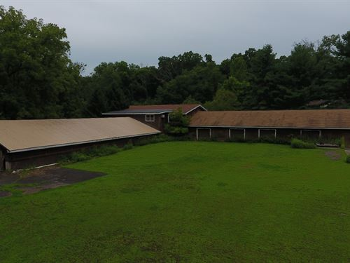 20,000+/-Sf Warehouse With 2 Homes : Ringoes : Hunterdon County : New Jersey